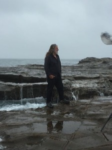 Gittoes at Werri Beach, November 2015, being photographed by Bob Barker for our story in the Daily Telegraph, Sydney
